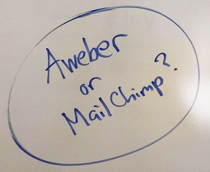 Should I Choose Aweber or MailChimp? 30 Day Blog Challenge (Day 15)