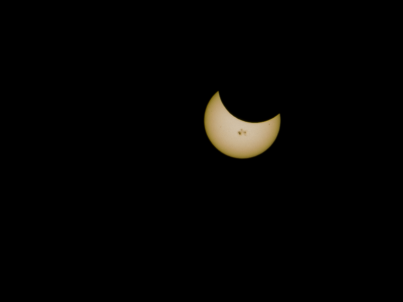 Partial Solar Eclipse with Sunspots (Oct 23, 2014)